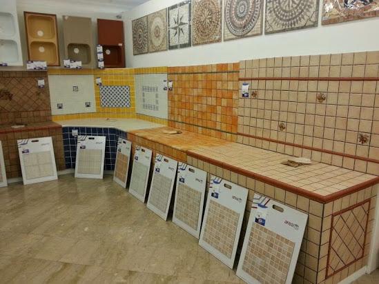 Il Mercatone Della Ceramica Oostwand